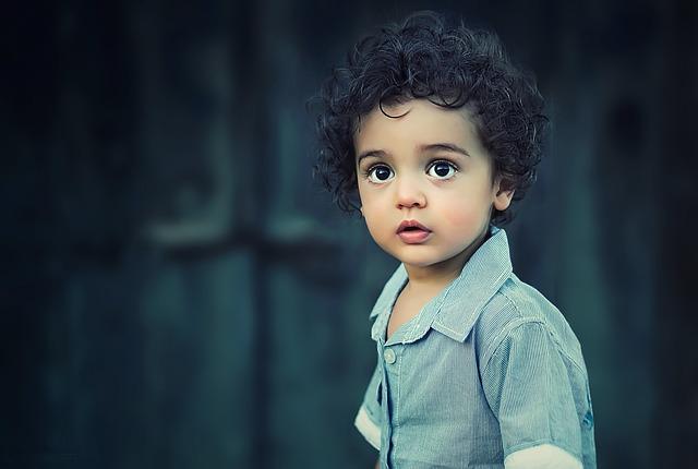 kudrnatý kluk.jpg